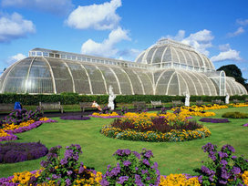 Victorian_greenhouse_j._lamb_getty_images-5