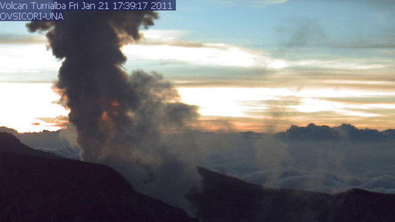 Turrialba_1-21-11_j