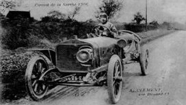 Albert_cl_ment_driving_a_cl_ment-bayard_at_the_french_grand_prix_1906