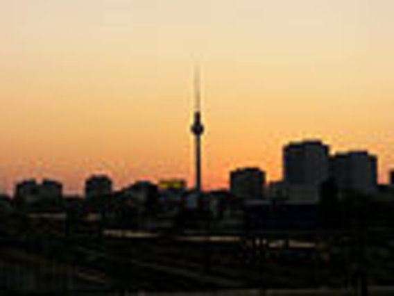 120px-berlin_sunset