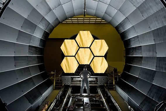 James_webb_space_telescope_2