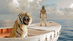 Suraj-sharma-and-tiger-in-009