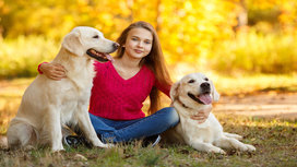 Girl_dog_family