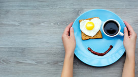 Breakfast_coffee_eggs