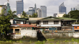 Rich_and_poor_manila