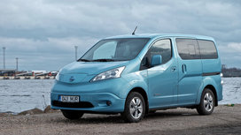 Nissan_electric_car