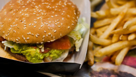 Burger_and_fries