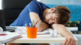 Student_sleeping_on_desk