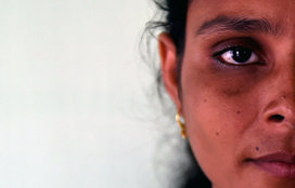 Indian_woman_looking_concerned