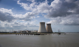 Gettyimages-nuclear_plant