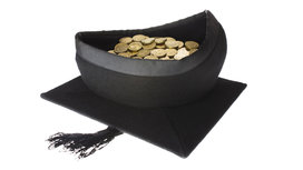 Graduation_hat_money_16x9