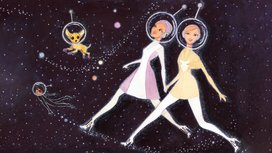Women_walking_in_space