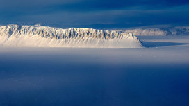 Island_arctic_circle_snow