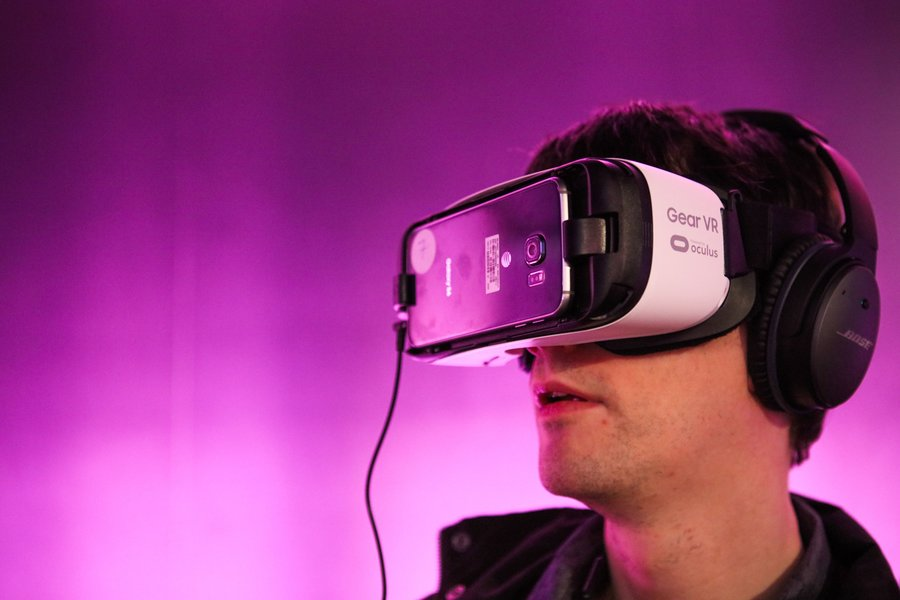 philip perry would virtual reality therapy