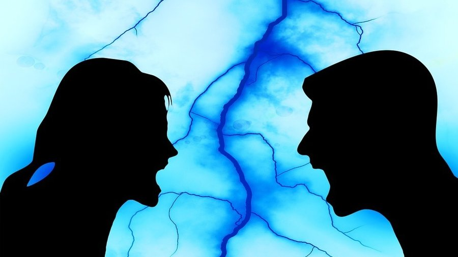 """Do You and Your Partner Fight Too Much, or Not Enough? Turns Out There's a """"Magic Ratio"""""""