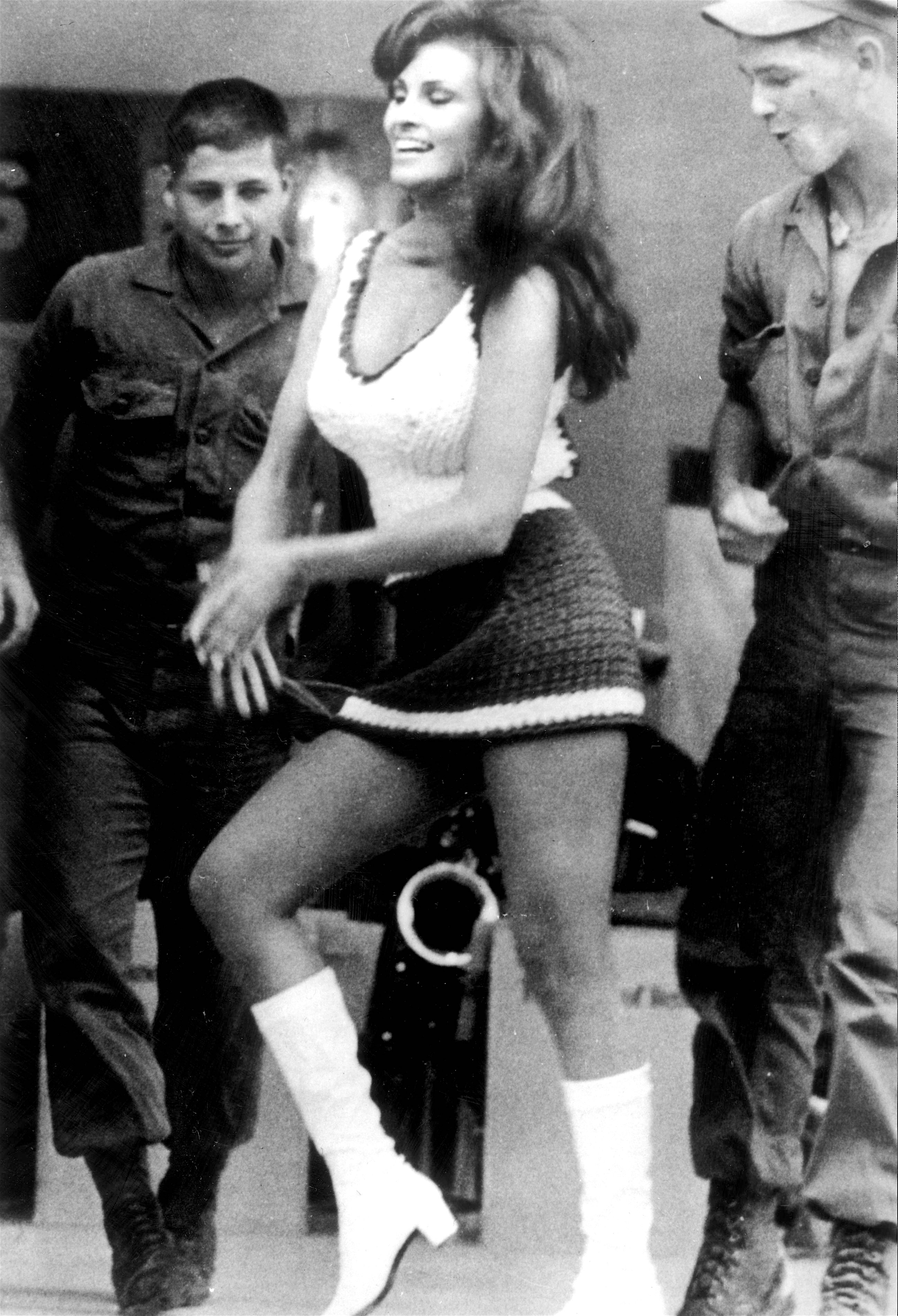 Raquel Welch in Vietnam