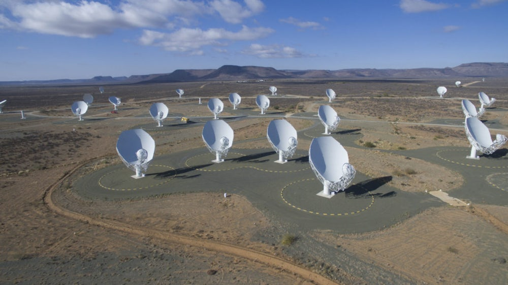 All 64 dishes of the MeerKAT radio telescope array are now up and running in South Africa, and astronomers have celebrated by taking a snapshot of the center of the Milky Way(Credit: Square Kilometer Array Africa)